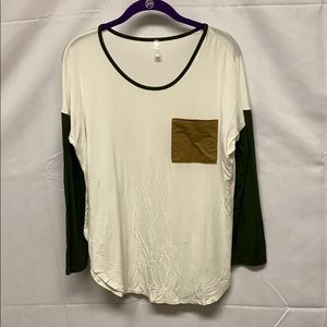 Super soft baseball tee top with suede pocket
